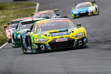 Vielversprechende Premiere zum Saisonstart des ADAC GT Masters: Erstes Rennwochenende für MEYLE und T3 Motorsport